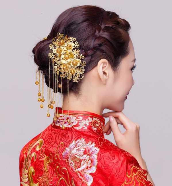 陈妍希秀禾服图片造型 秀禾服新娘发型图片