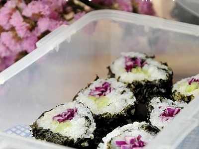 青瓜小卷寿司做法 黄瓜&甘蓝小卷的做法